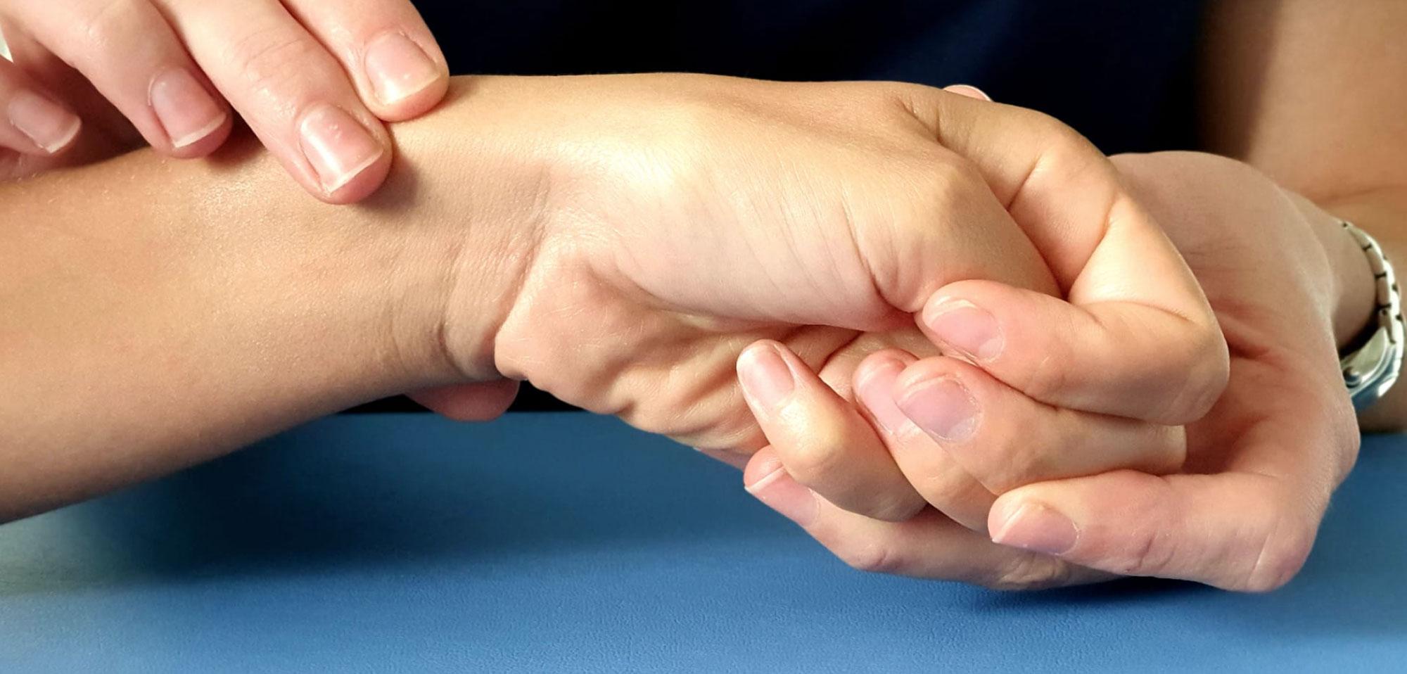 Tendinite de De Quervain, pathologie fréquente de la main